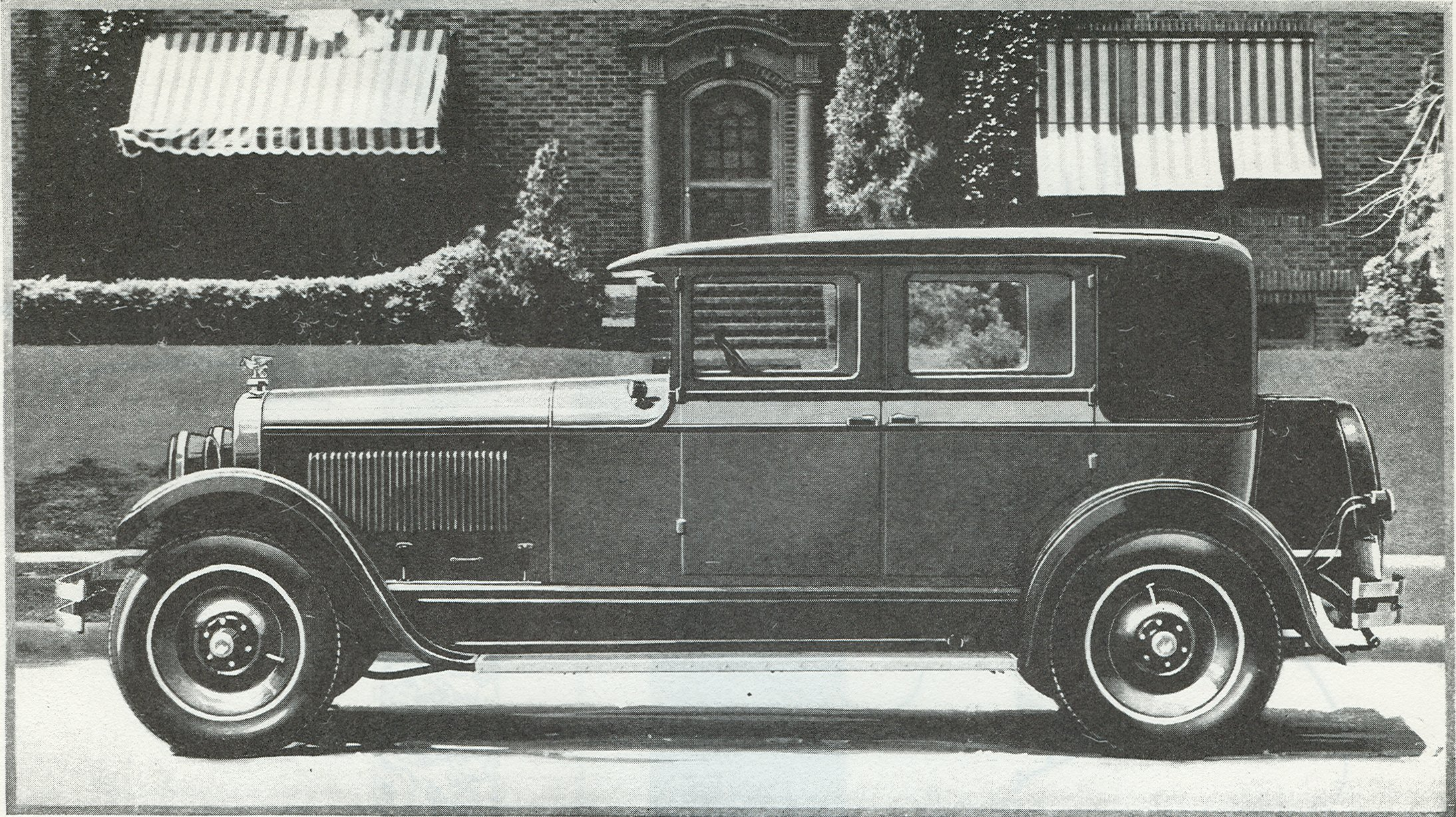 The new entry for 1927 was the Custom Brougham - Body by Lubitz